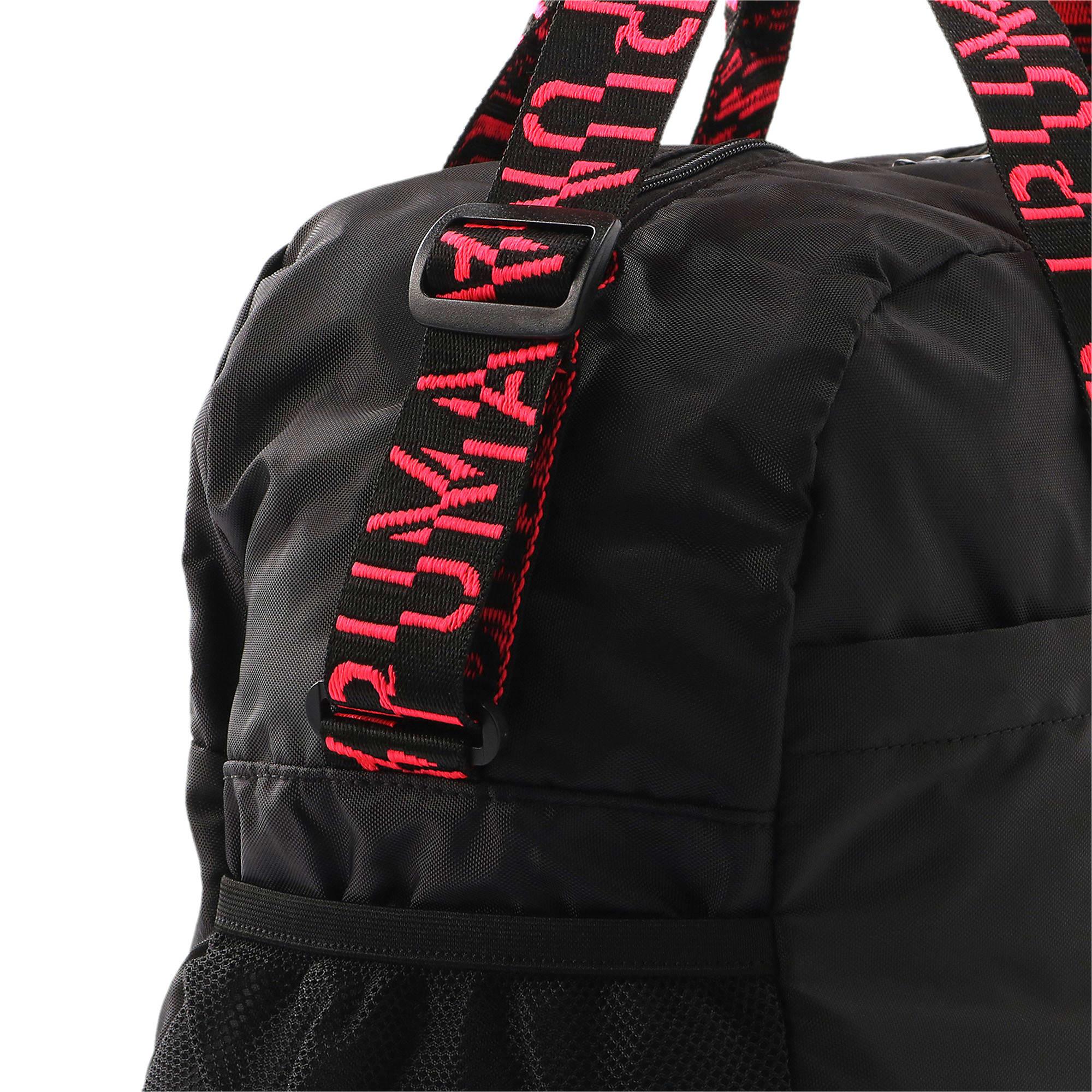 Thumbnail 7 of トレーニング AT エッセンシャル ウィメンズ ダッフル バッグ 30L, Puma Black-Pink Alert-AOP, medium-JPN