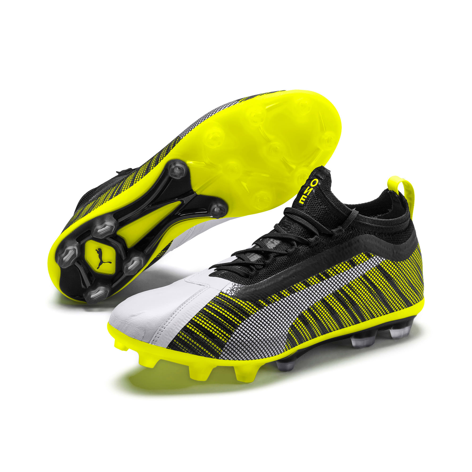Thumbnail 2 of プーマ ワン 5.1 HG サッカースパイク, White-Black-Yellow Alert, medium-JPN