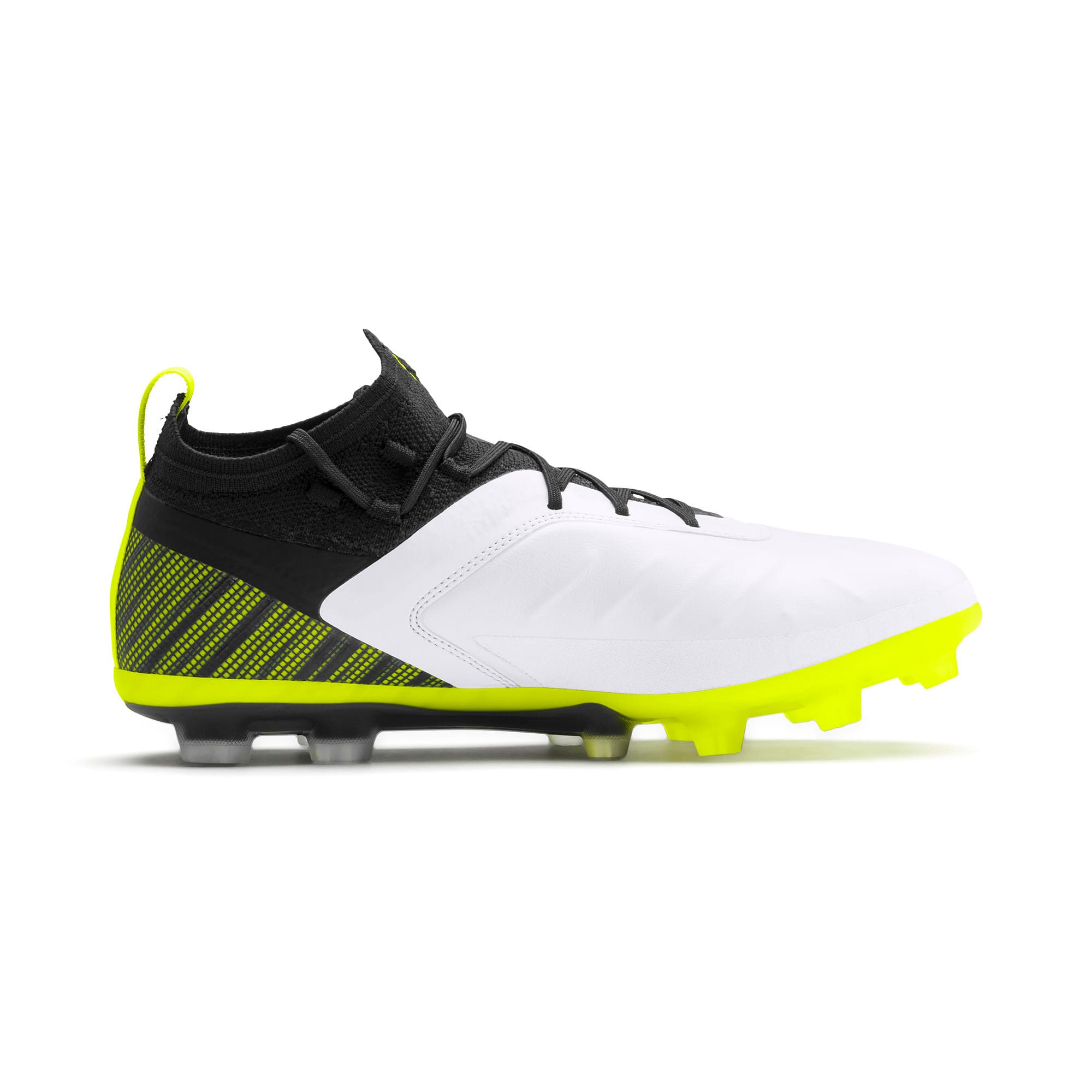 Thumbnail 6 of プーマ ワン 5.1 HG サッカースパイク, White-Black-Yellow Alert, medium-JPN