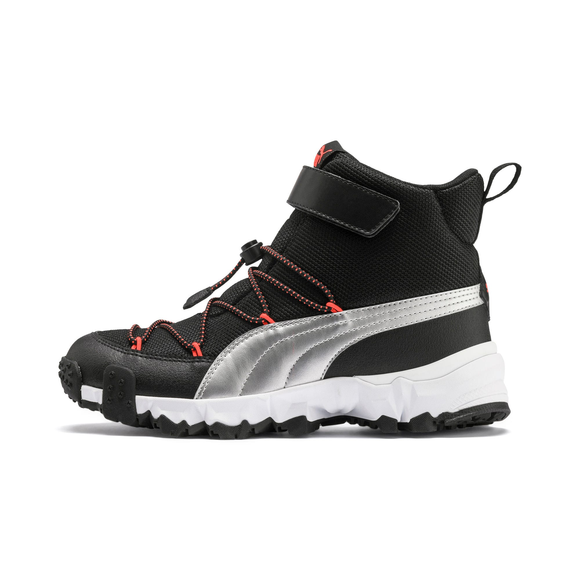 Thumbnail 1 of Maka V Youth Trainers, Puma Black-Nrgy Red, medium