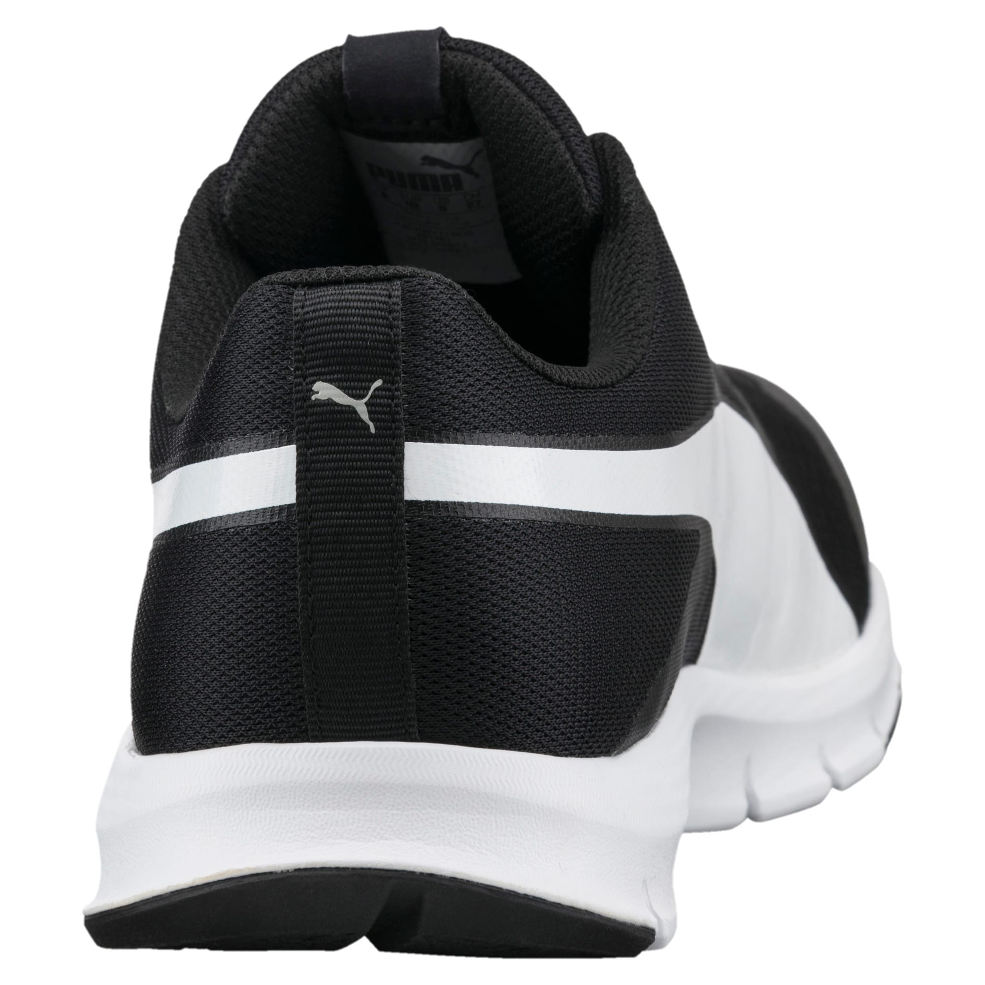 Thumbnail 3 of PUMA Flexracer Trainers, black-white, medium-IND