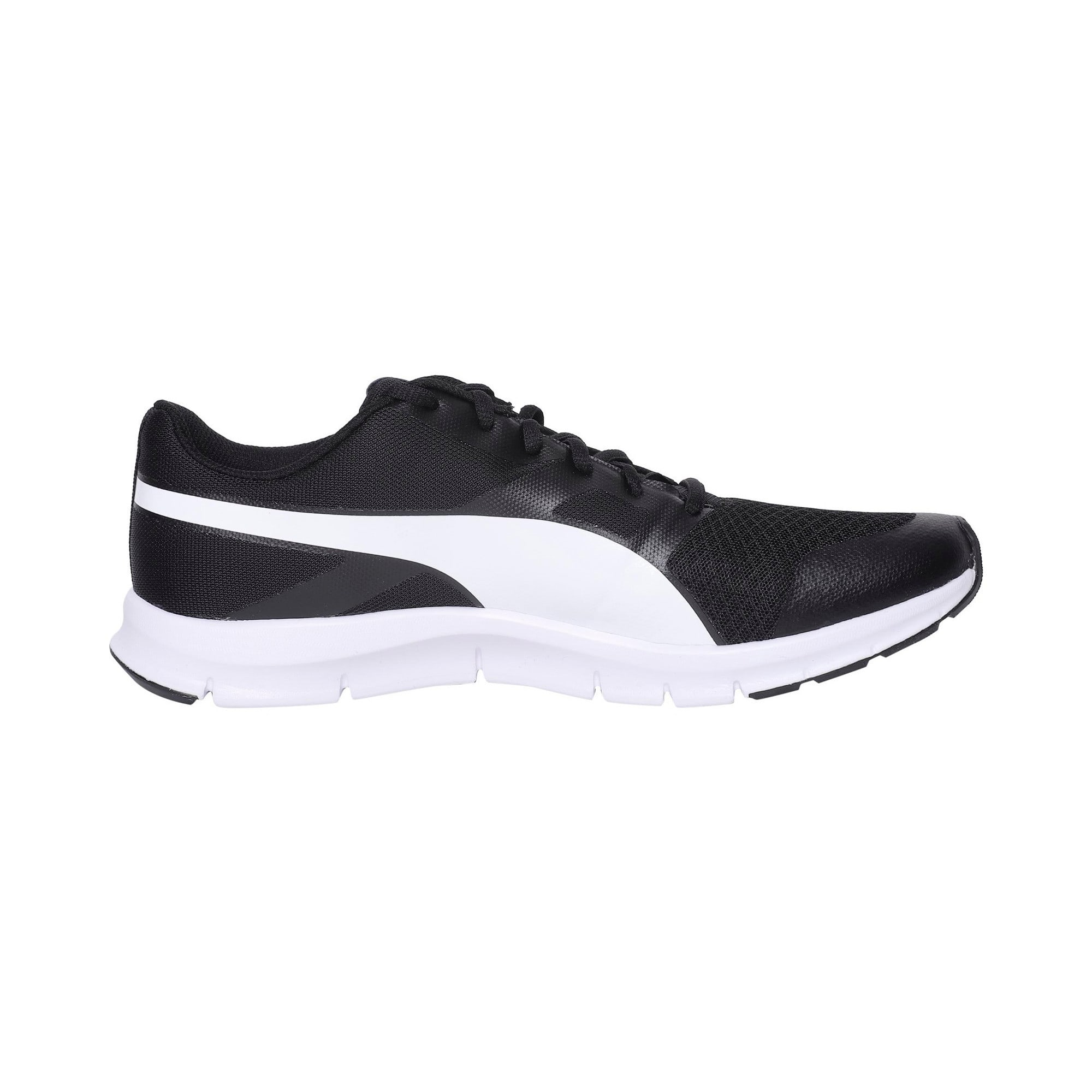 Thumbnail 5 of PUMA Flexracer Trainers, black-white, medium-IND