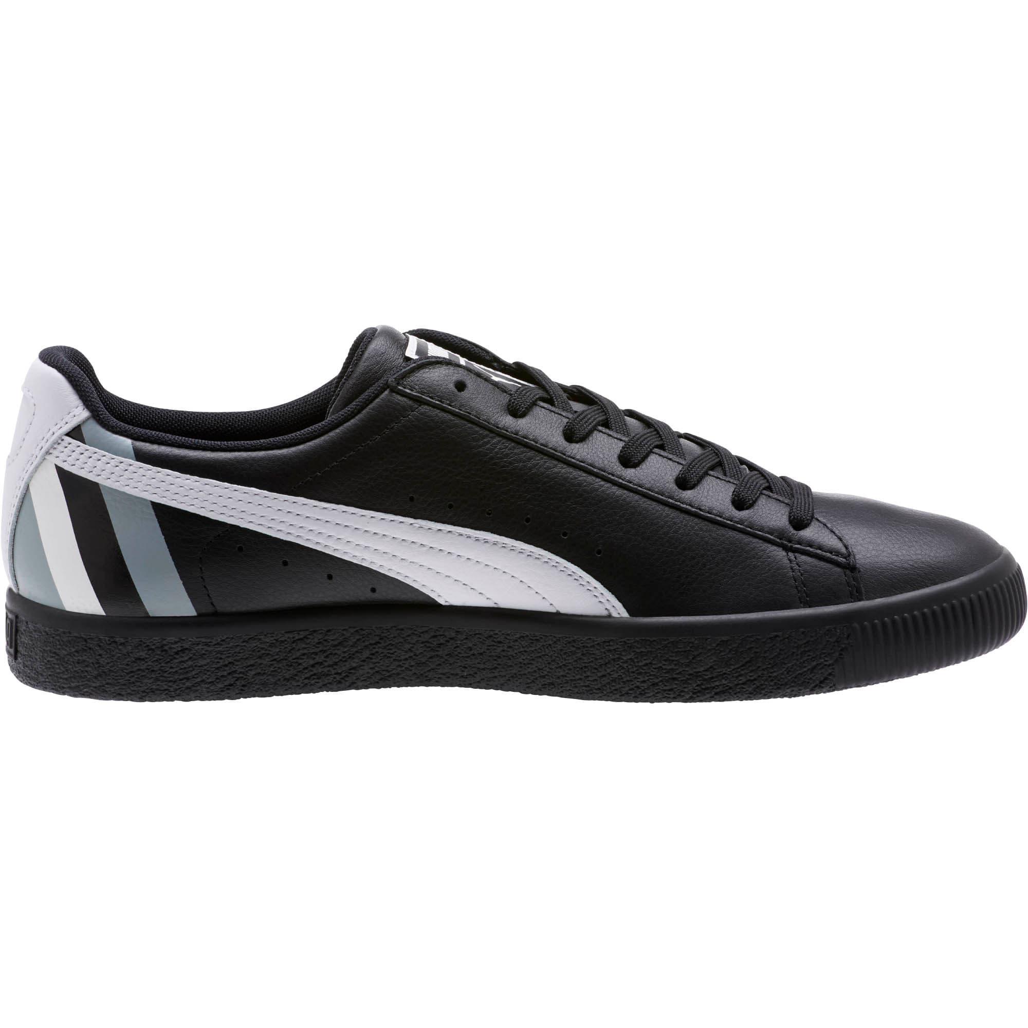 Thumbnail 3 of Clyde Stripes Men's Sneakers, Puma Black-Puma White, medium