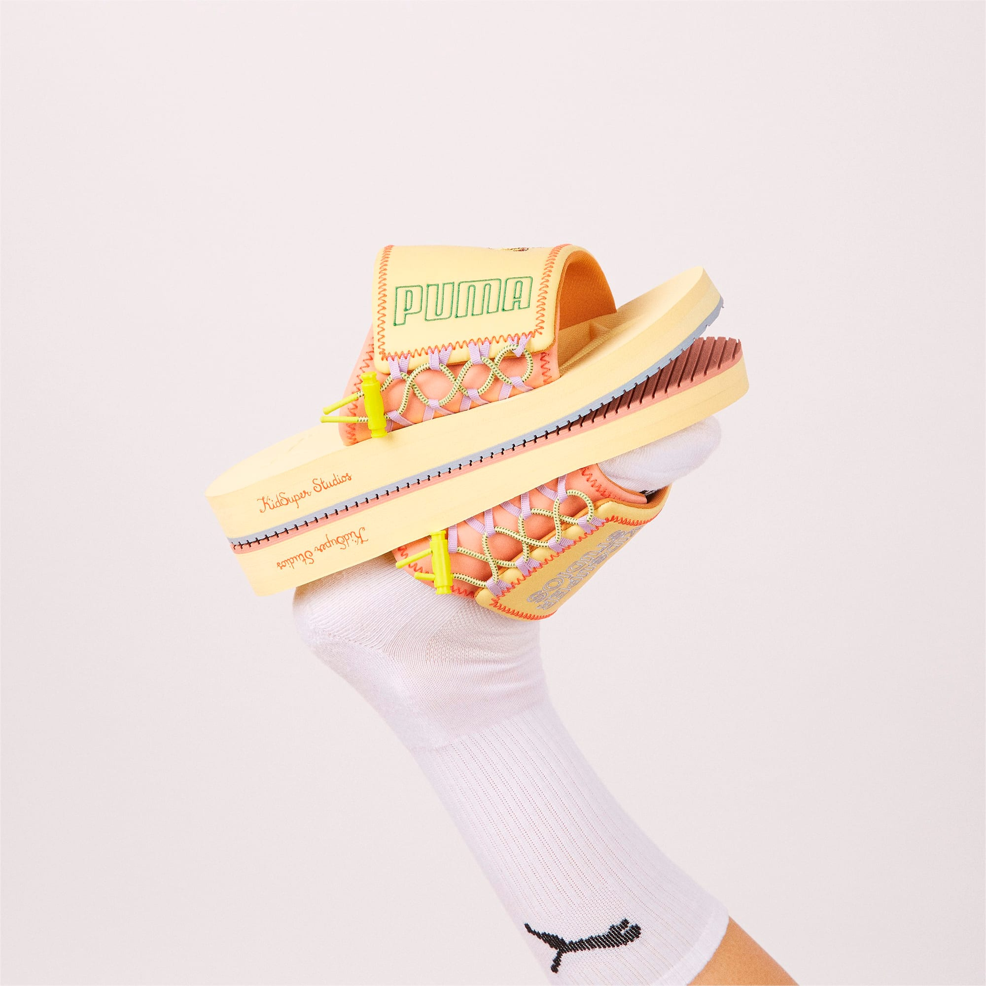 PUMA x KIDSUPER STUDIOS PUMA Wilo Slides, Mellow Yellow-Peach Beige, extralarge