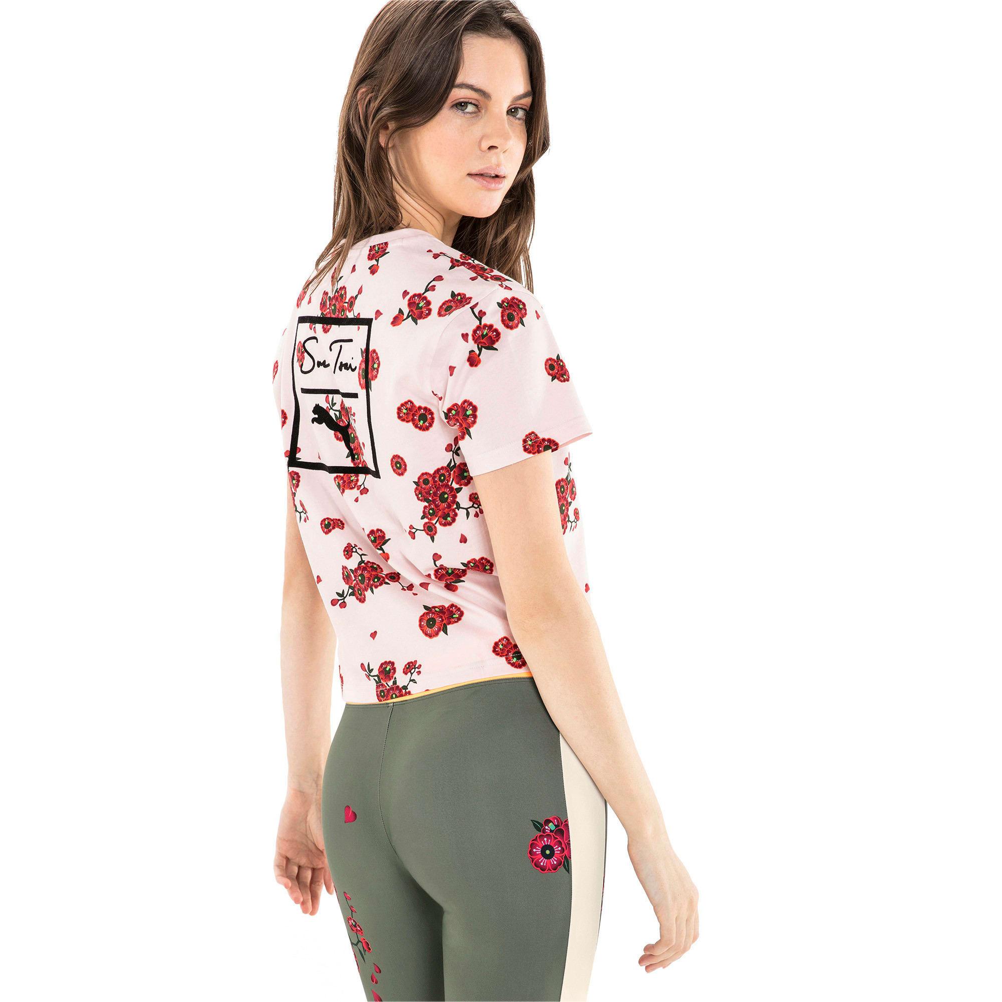 Thumbnail 5 of T-Shirt PUMA x SUE TSAI pour femme, -- Cherry Blossom AOP, medium