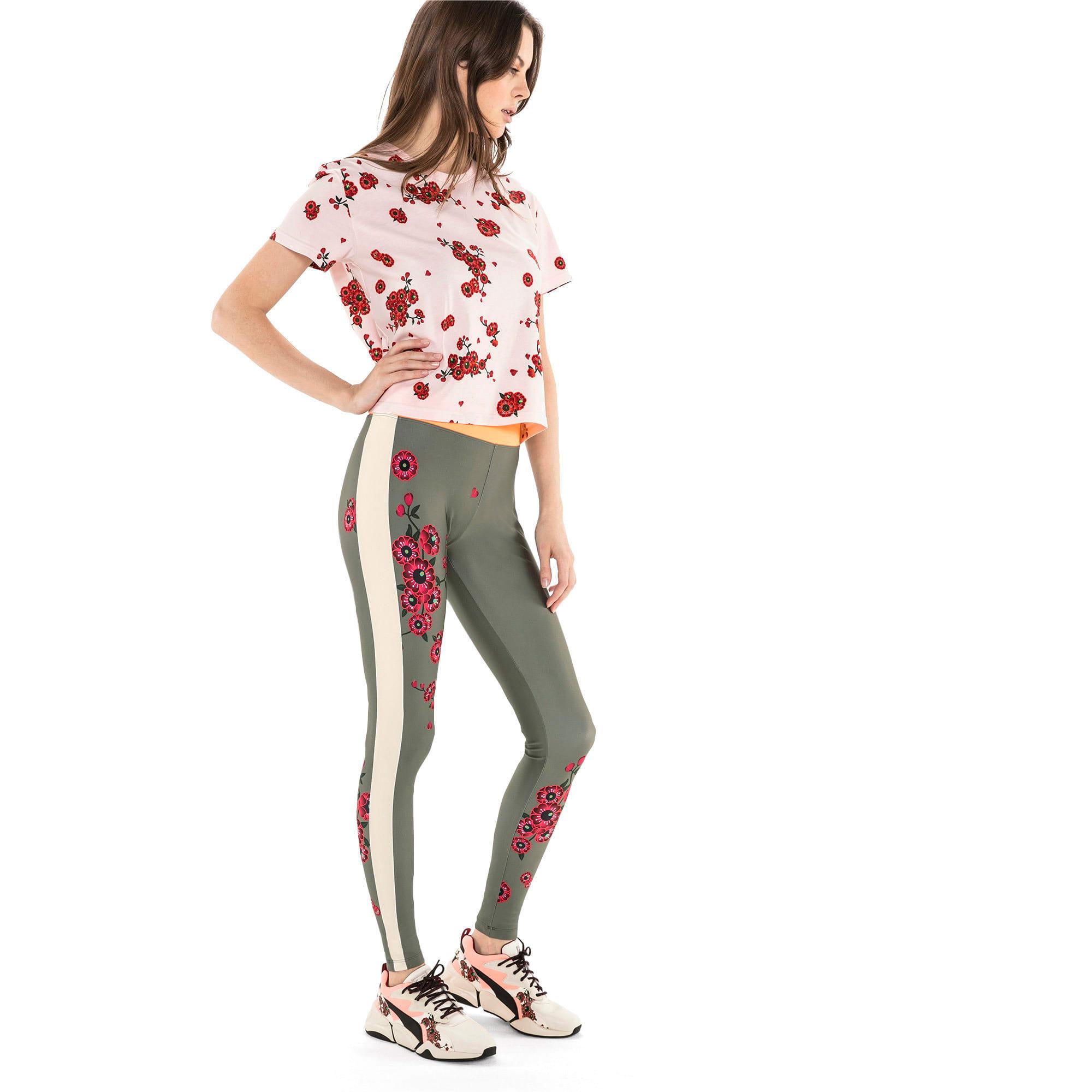 Thumbnail 3 of T-Shirt PUMA x SUE TSAI pour femme, -- Cherry Blossom AOP, medium