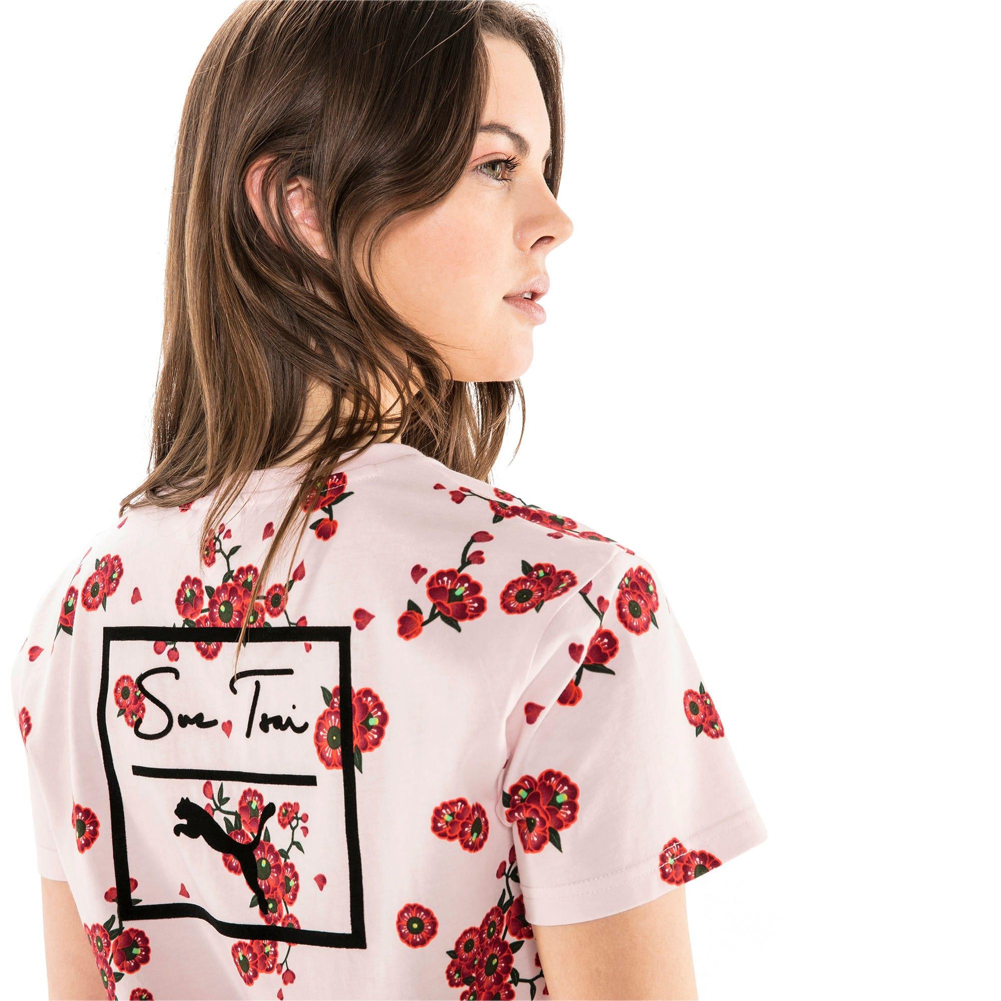 Thumbnail 6 of T-Shirt PUMA x SUE TSAI pour femme, -- Cherry Blossom AOP, medium