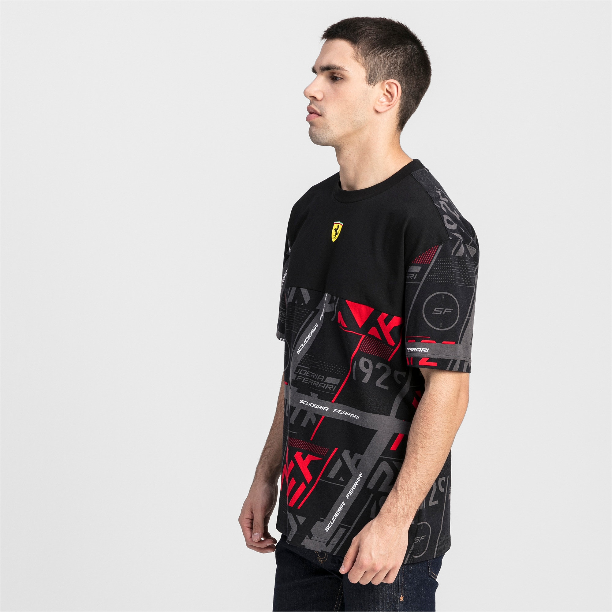 Thumbnail 1 of T-shirt Ferrari Street uomo, Puma Black, medium