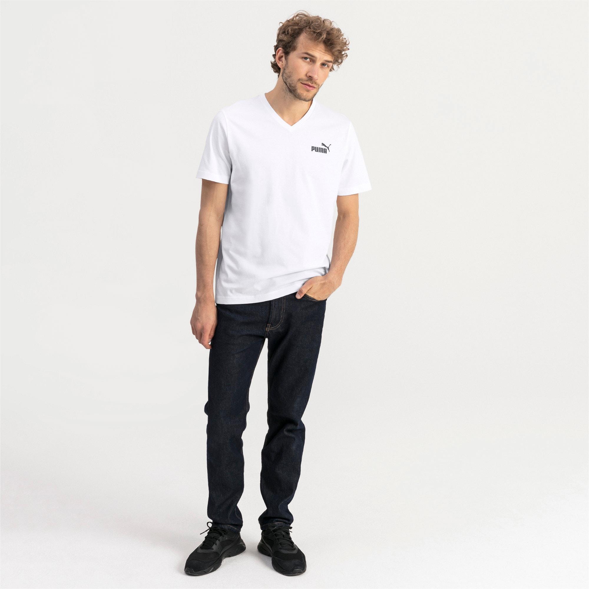 Thumbnail 3 of T-shirt con scollo a V Essentials uomo, Puma White, medium