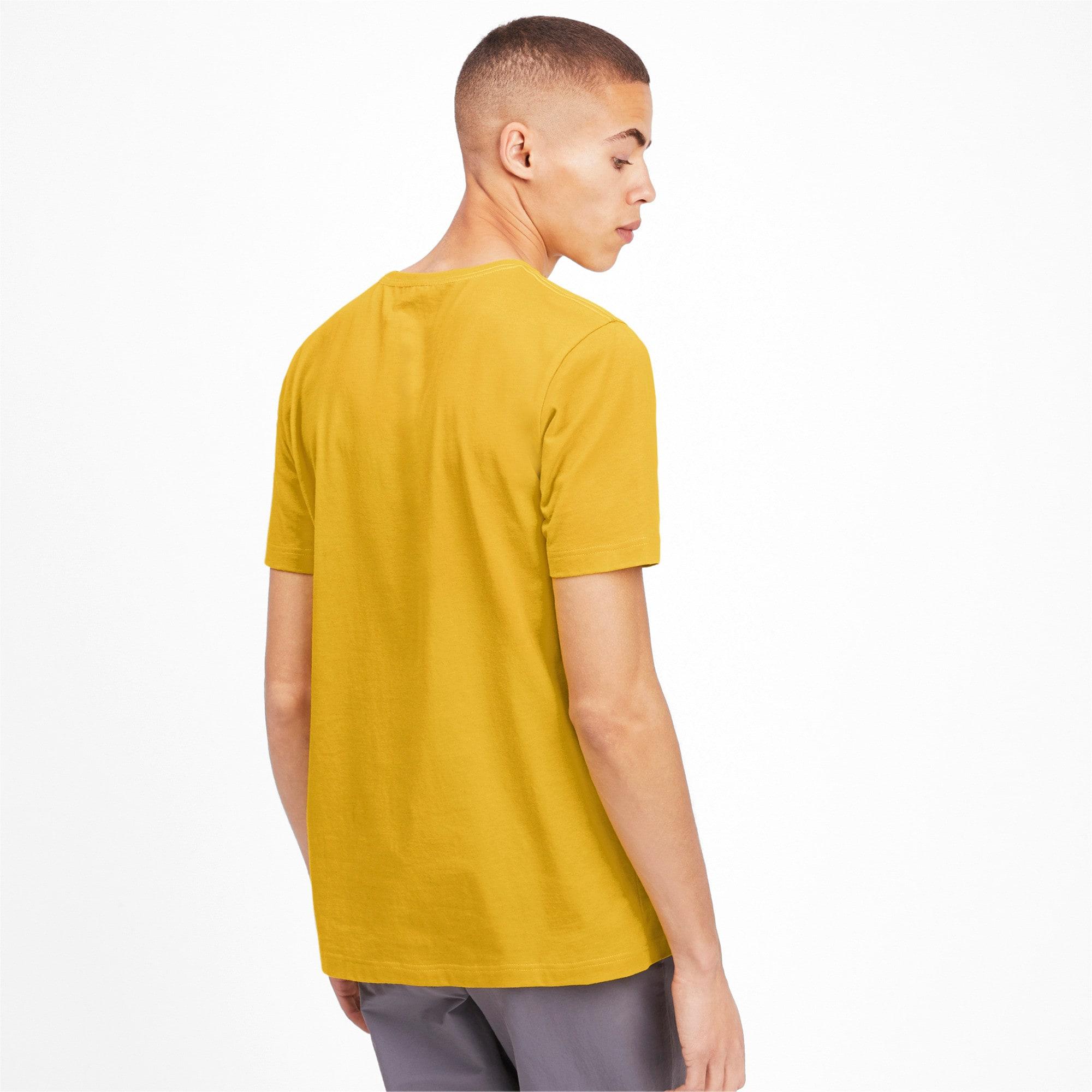 Thumbnail 2 of T-shirt Essentials uomo, Sulphur, medium