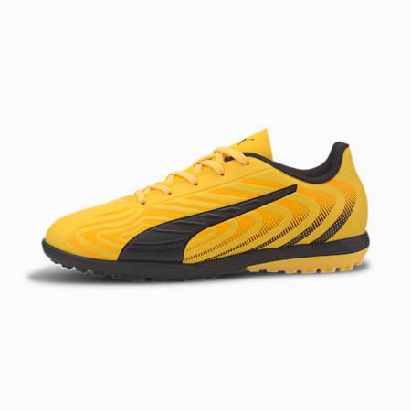 Zapatos de fútbol PUMA ONE 20.4 TT para JR, AMARILLO-Puma Black-Naranja, pequeño