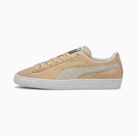 Zapatos deportivos de gamuzaClassic XXI para hombres, Shifting Sand-Puma White, pequeño