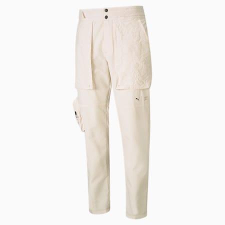 Pantalones de entrenamiento con corte estrecho PUMA x FIRST MILEpara hombre, Eggnog, pequeño