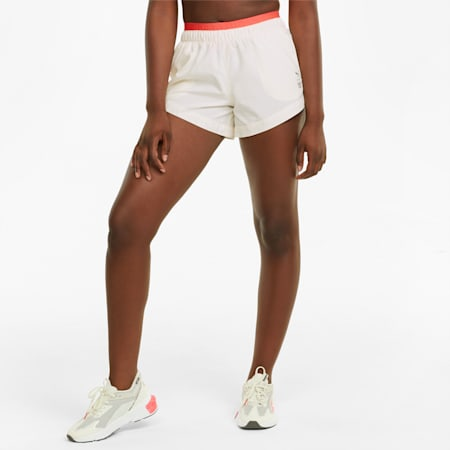 PUMAxFIRST MILE Gewebte Damen Trainingshorts, Ivory Glow, small