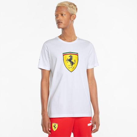 Camiseta Scuderia Ferrari Race con atractivo escudo en color para hombre, Puma White, pequeño
