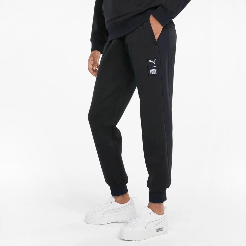 Изображение Puma Штаны PUMA x FIRST MILE Double Knit Women's Jogger Pants #1: Puma Black