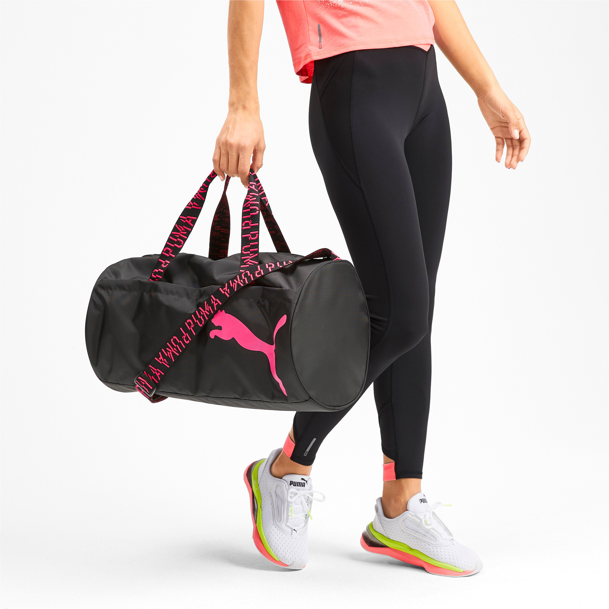 Thumbnail 2 of Active Training Essential Damen Trainingstasche, Puma Black-Pink Alert-AOP, medium