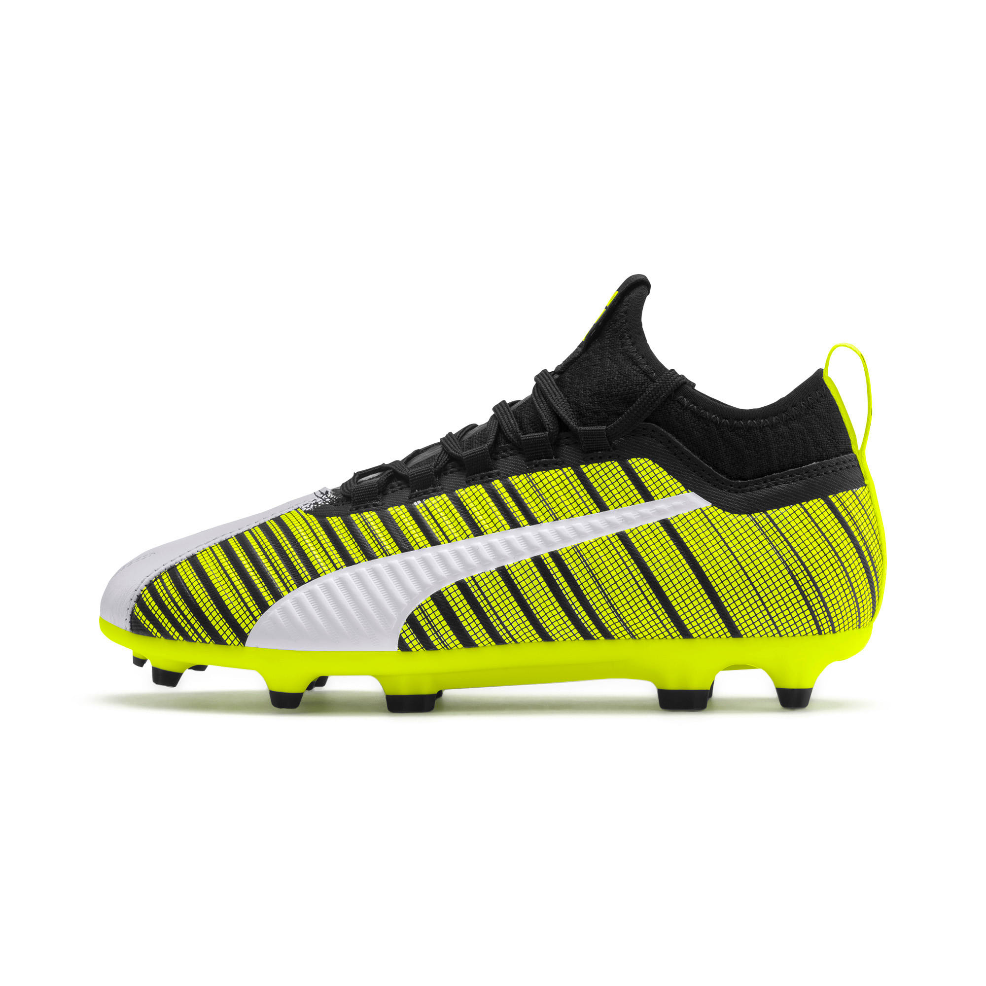 Thumbnail 1 of Chaussure de foot PUMA ONE 5.3 FG/AG Youth, White-Black-Yellow Alert, medium