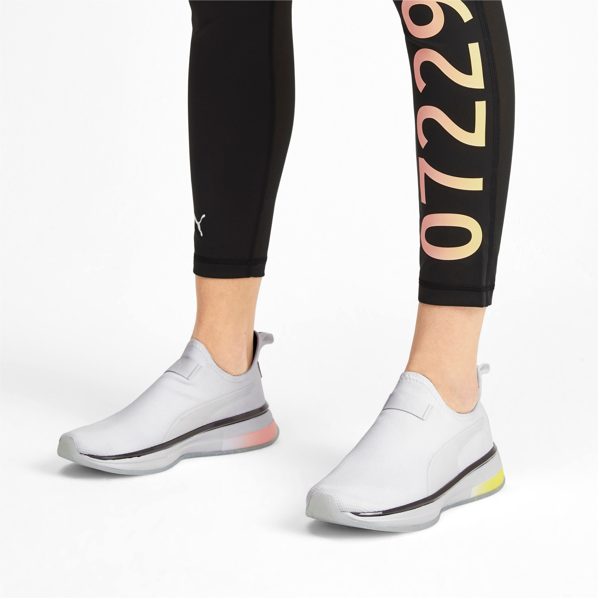 Miniatura 2 de Zapatos de entrenamiento SG Slip-On Glitz para mujer, Puma White-Puma Black, mediano