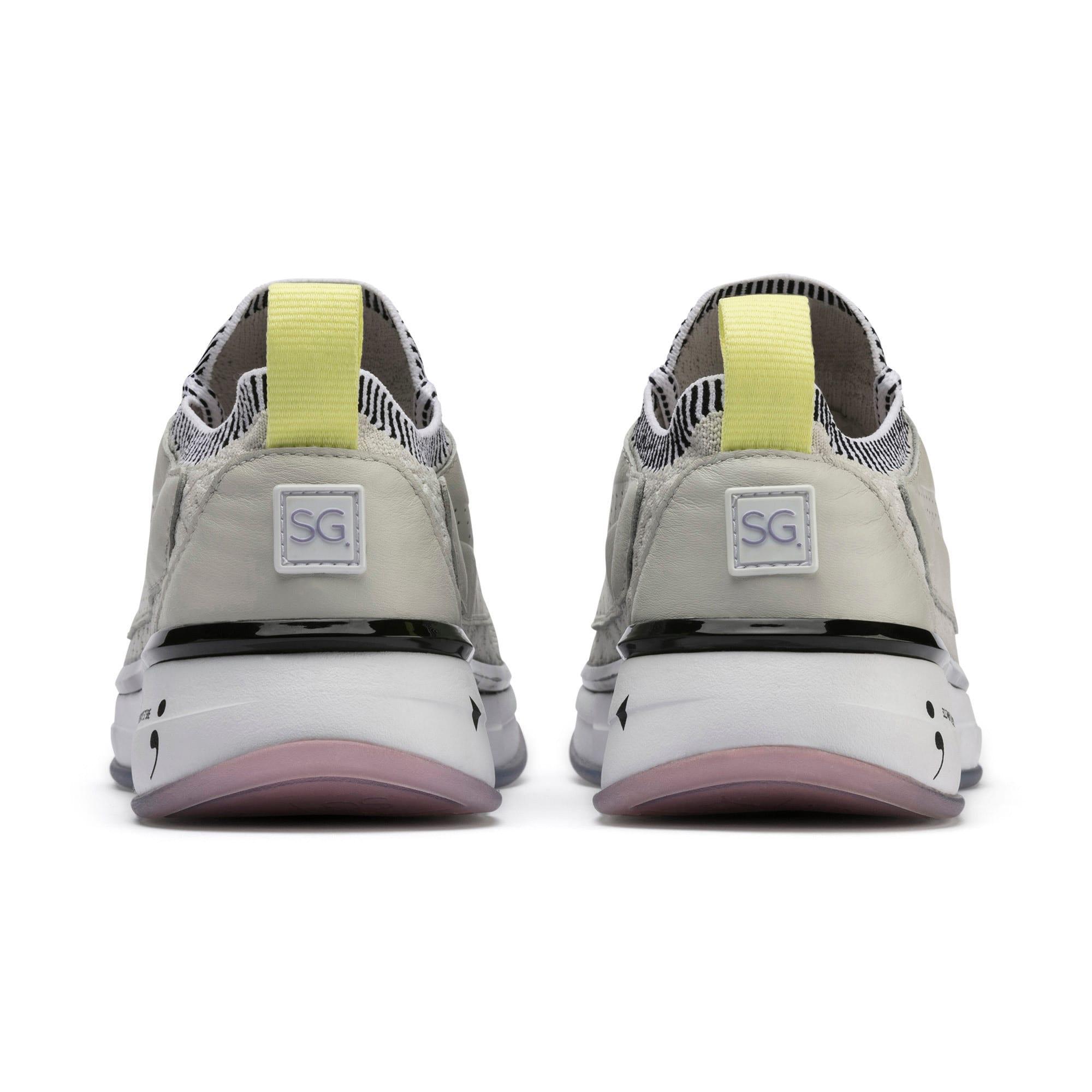 Thumbnail 4 of Chaussure pour l'entraînement PUMA x SELENA GOMEZ Runner pour femme, Glacier Gray-Puma White, medium