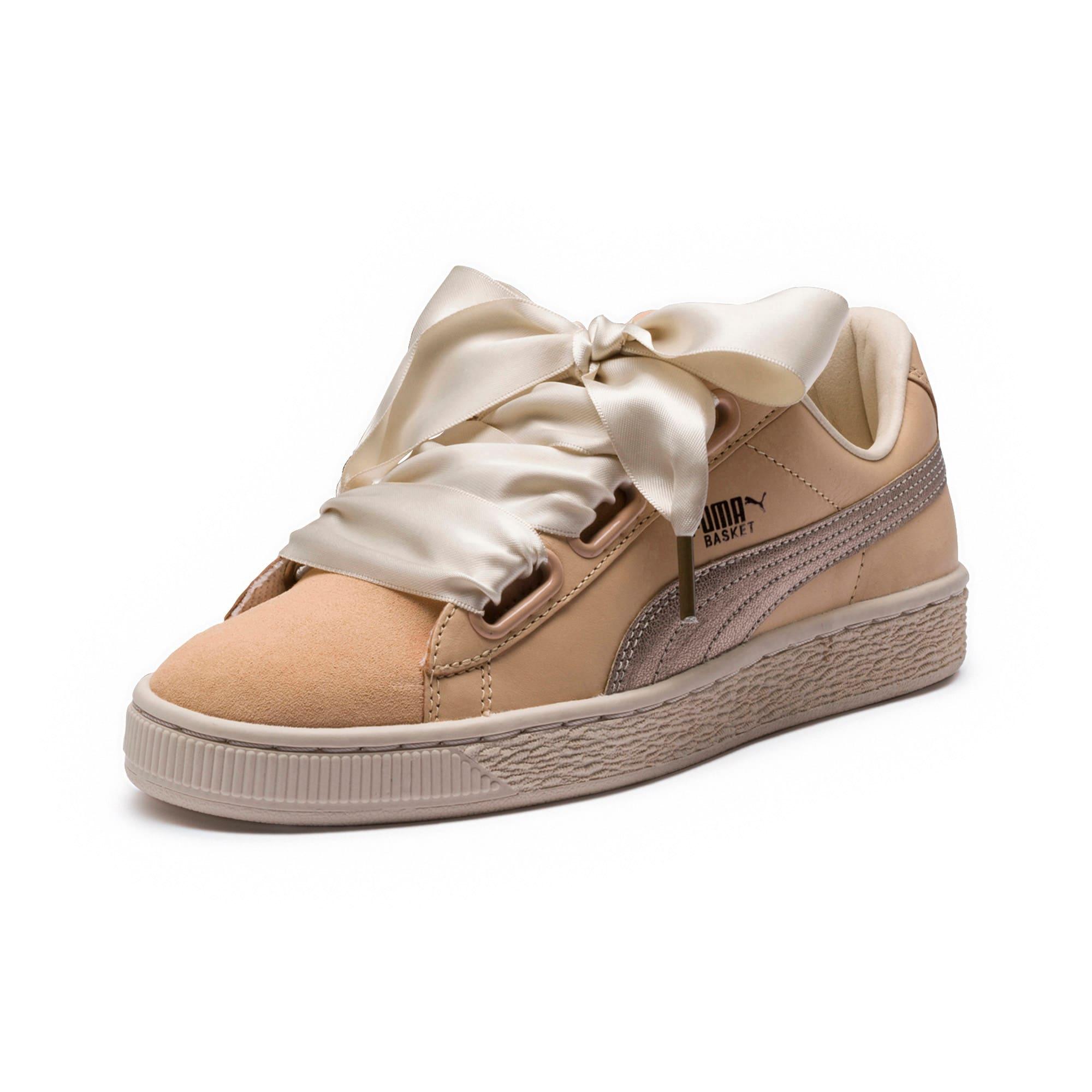 separation shoes 534d3 a6173 Women's Basket Heart Up