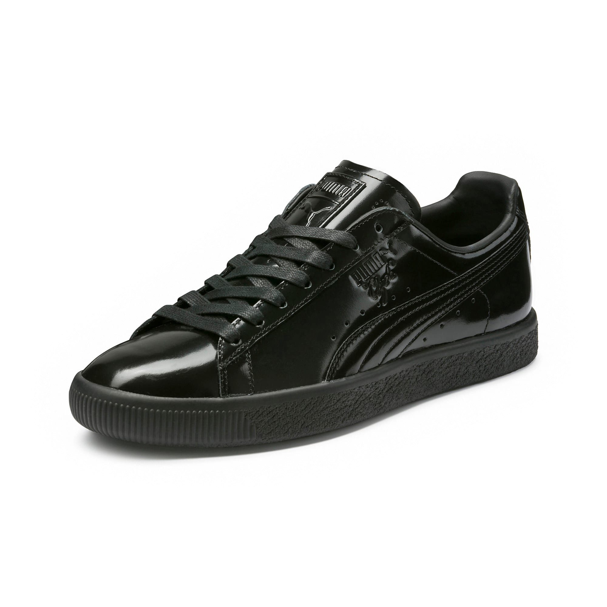 buy online 929c9 4e709 Clyde Dressed Part Three Sneakers
