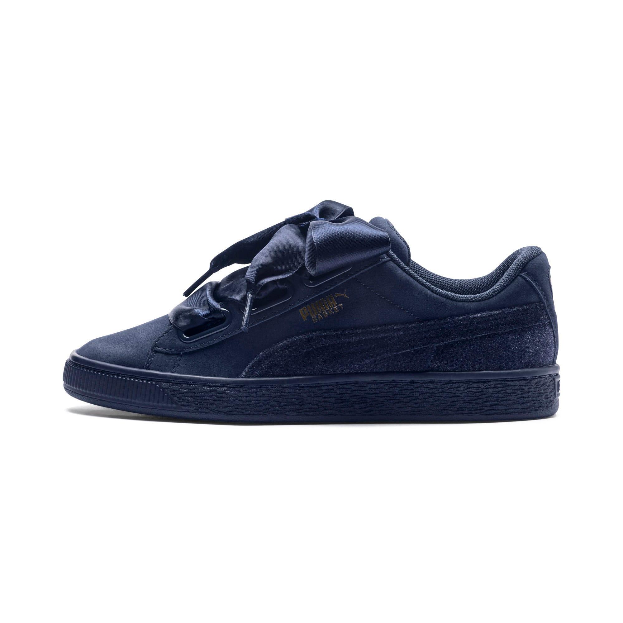 wholesale dealer 85e38 0f2c4 Basket Heart Lunar Glow Women's Sneakers