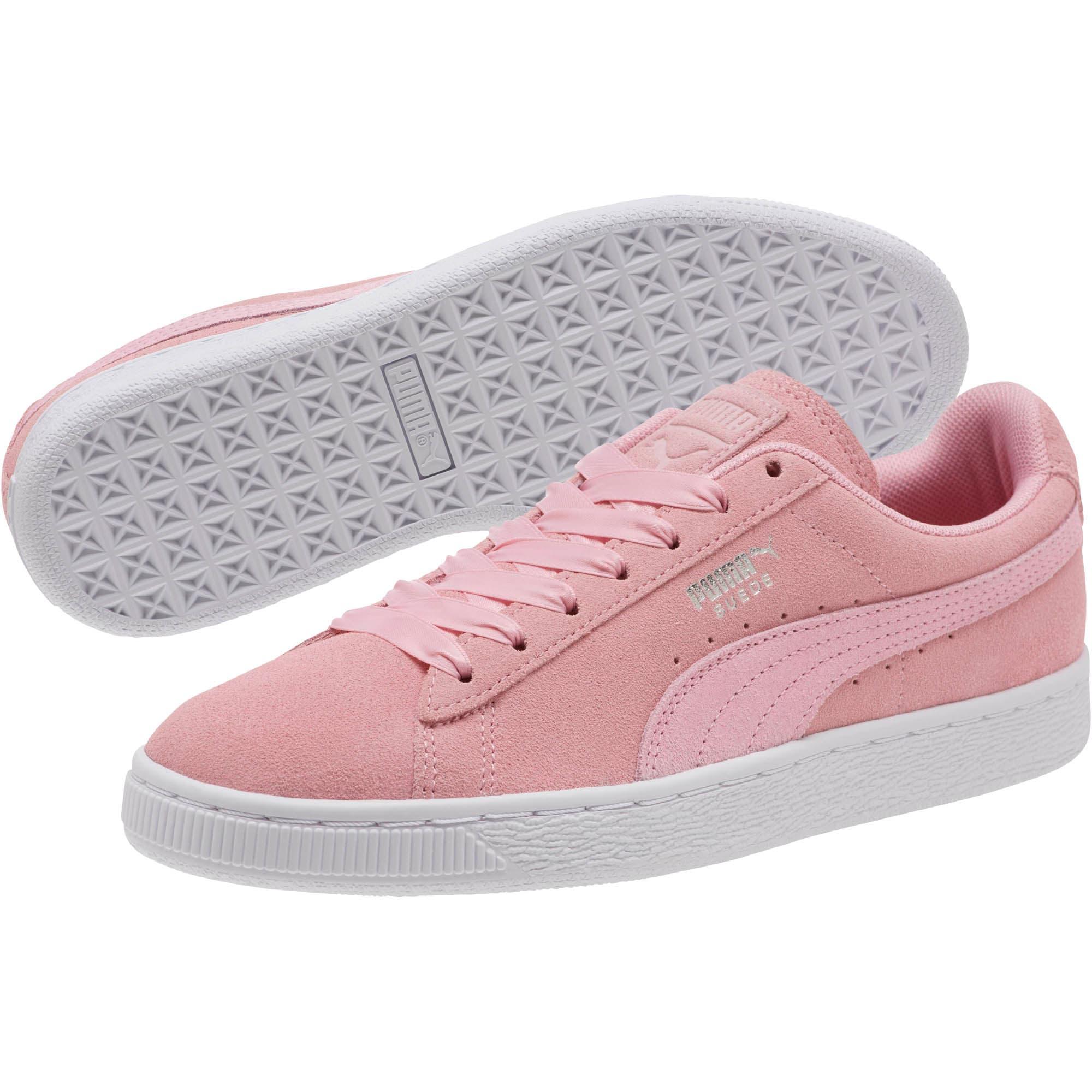 new style ef5fe e3b76 Suede Galaxy Women's Sneakers