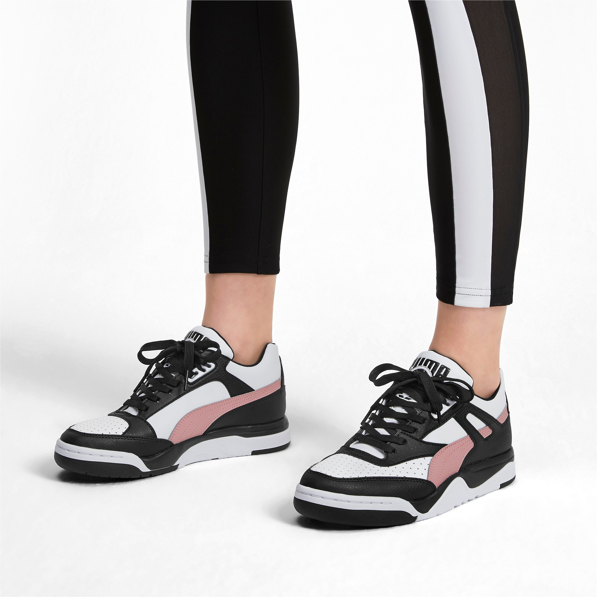 Thumbnail 2 of Basket Palace Guard Colour Block pour femme, Puma Black-Puma White, medium